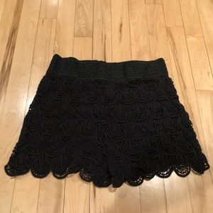 Canclay Black Lace Shorts